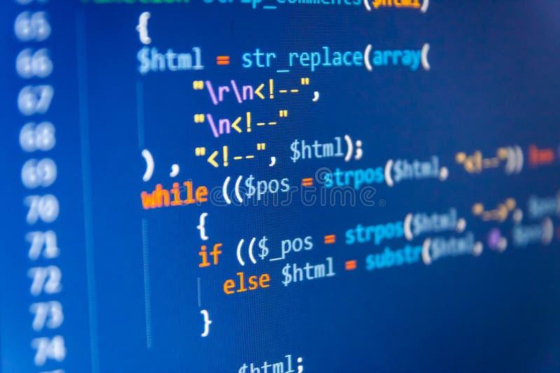 Optimización de SEO Primer del lenguaje de marcado del HTML Código del Javascript en editor de texto fotos de archivo