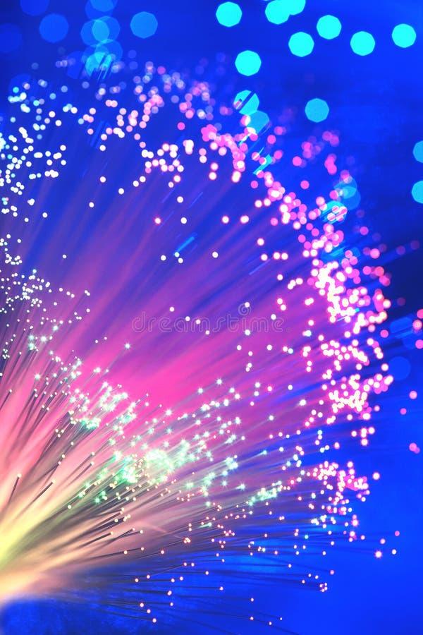 Download Optisk Ljus Trollstav För Fiber, Slut Upp Arkivfoto - Bild av kontrast, färg: 78731806