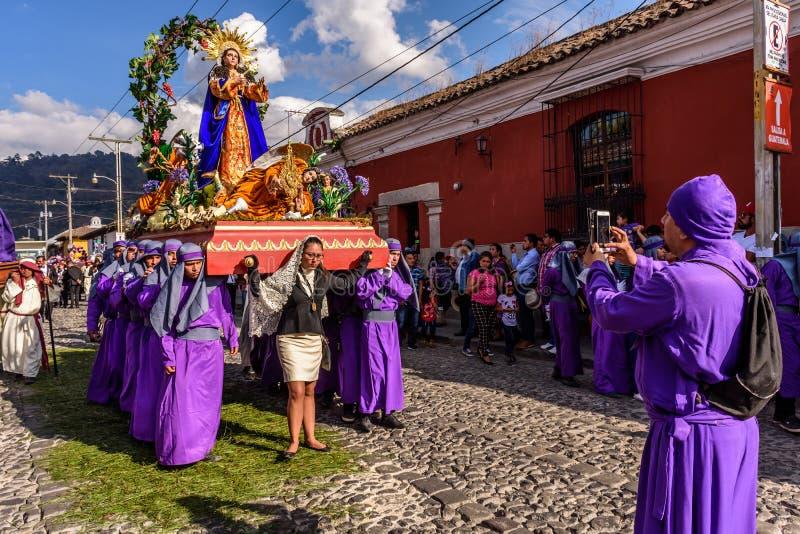Optocht op eerste Zondag van Geleend, Antigua, Guatemala royalty-vrije stock afbeelding