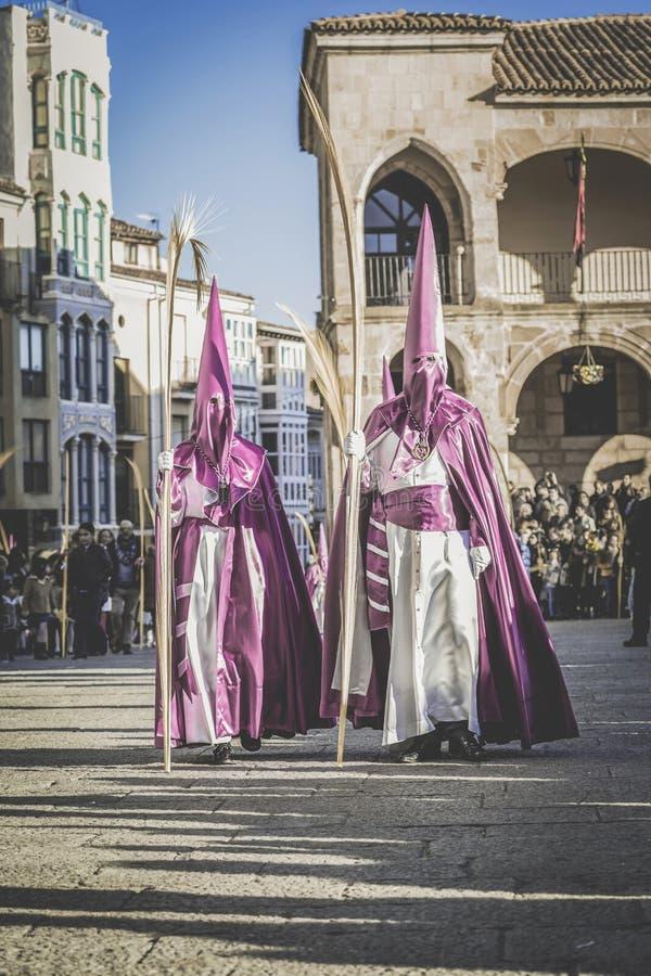 Optocht tijdens de Heilige Week in Zamora, Spanje Heilige Week in Zamora, Spanje Pasen week stock fotografie