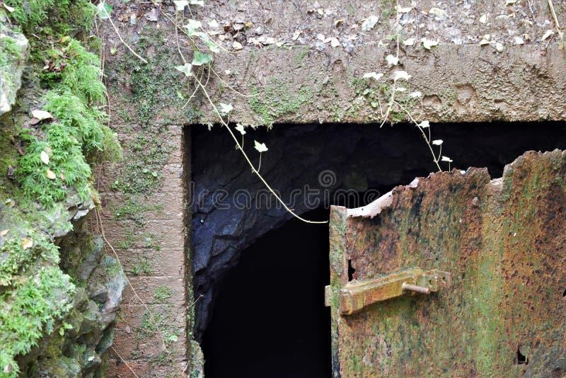 Opustoszały kopalniany wejście, Mendips fotografia royalty free