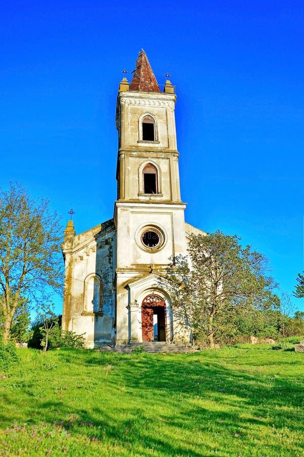 Download Opuszczony kościoła obraz stock. Obraz złożonej z nikt - 53775271