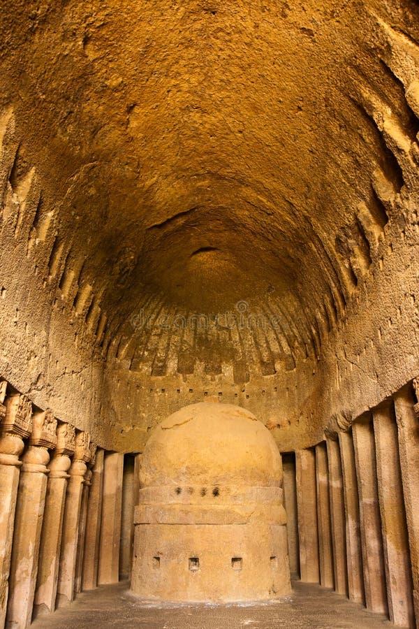 Oração Salão em cavernas de Kanheri fotos de stock royalty free