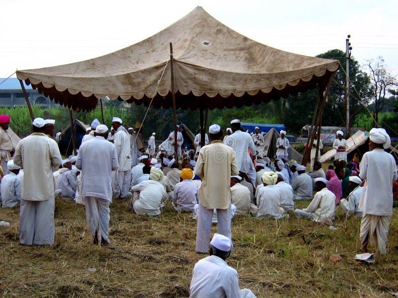 Orações em Alandi foto de stock