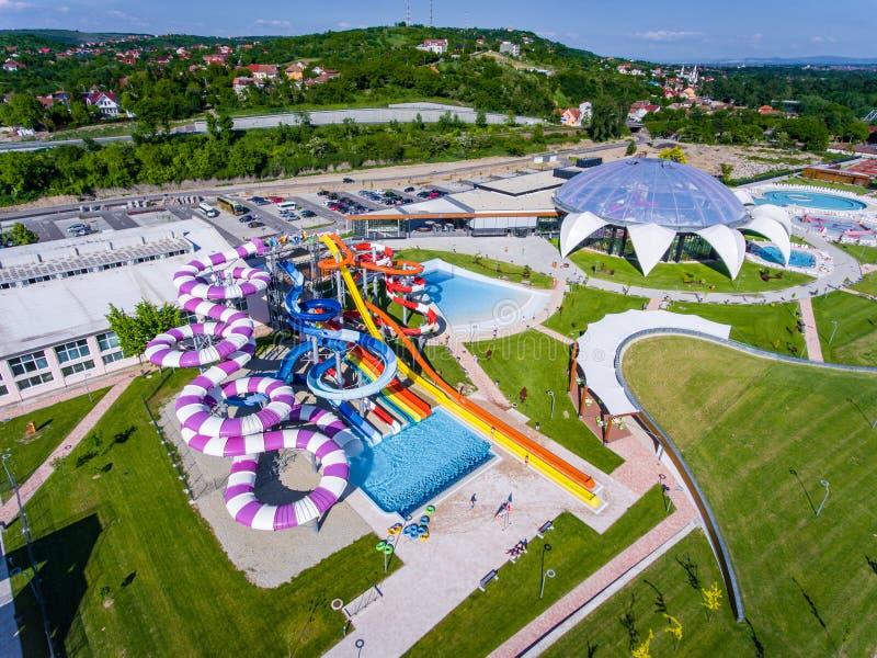 Oradea, Румыния - 17-ое мая 2017: Waterpark Oradea с waterslide стоковые изображения rf