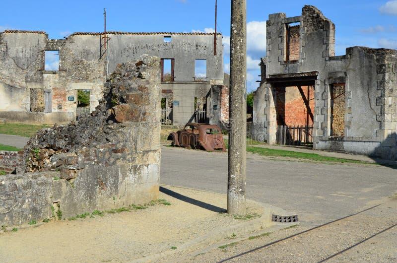 Oradour-Sur-Glane, stad in tweede wereldoorlog, Frankrijk wordt vernietigd dat stock foto