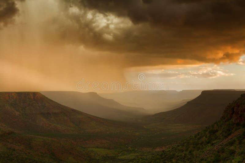 Orage au-dessus du plateau de Grootberg images stock