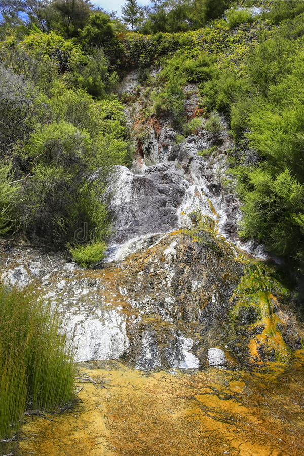 Orakei Korako geotermiczny park, Północna wyspa Nowa Zelandia obrazy stock