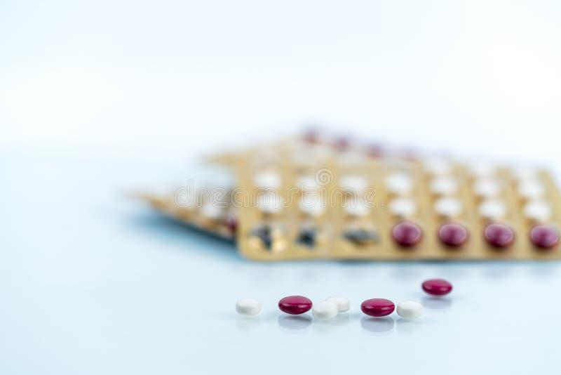Oralne antykoncepcyjne pigułki Kontrola urodzin pigułki Hormony dla antykoncepci Planowanie rodziny, hormonalny trądzik, gynecolo obraz royalty free