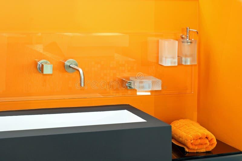 Orange Bassin lizenzfreies stockfoto