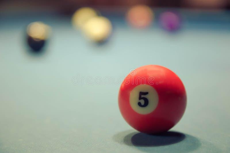 Orange boll för Billiard close upp arkivbild