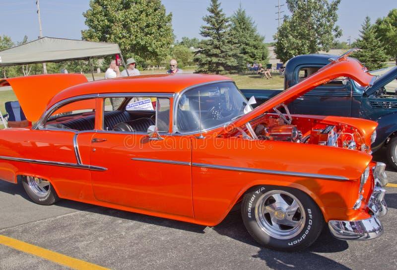 Orange Chevy 1957 Bel Air lizenzfreies stockfoto