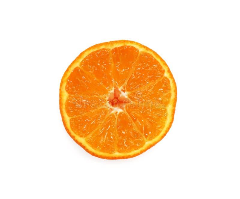 Orange coupée lumineuse et fraîche d'isolement sur le fond blanc images libres de droits