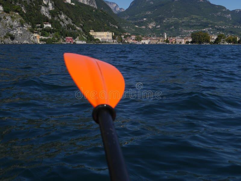 Orange de lac paddle photographie stock