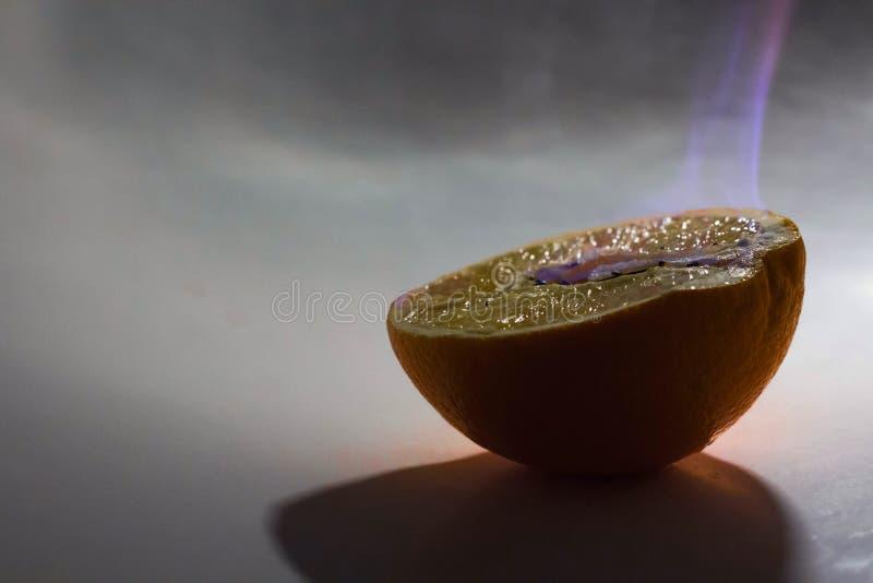 Orange en feu image stock