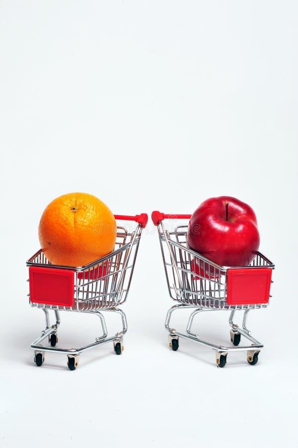 Orange et Apple images stock