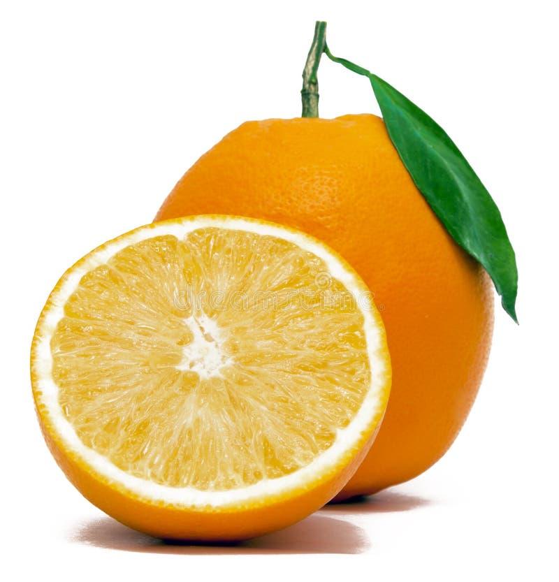 Orange fraîche avec la moitié photos stock