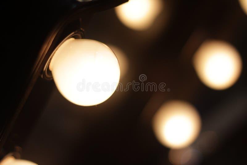 Orange Glühlampen lizenzfreies stockfoto