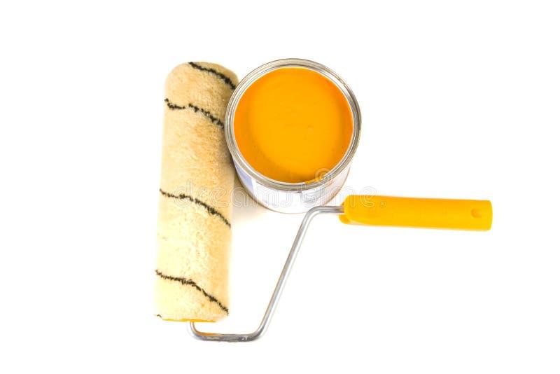 Orange Lack und Pinsel stockfoto