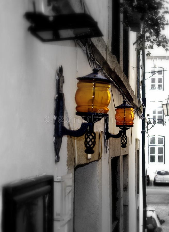 orange lampor royaltyfri bild