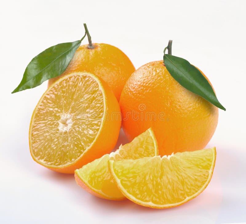 Orange mit Segmenten stockbild
