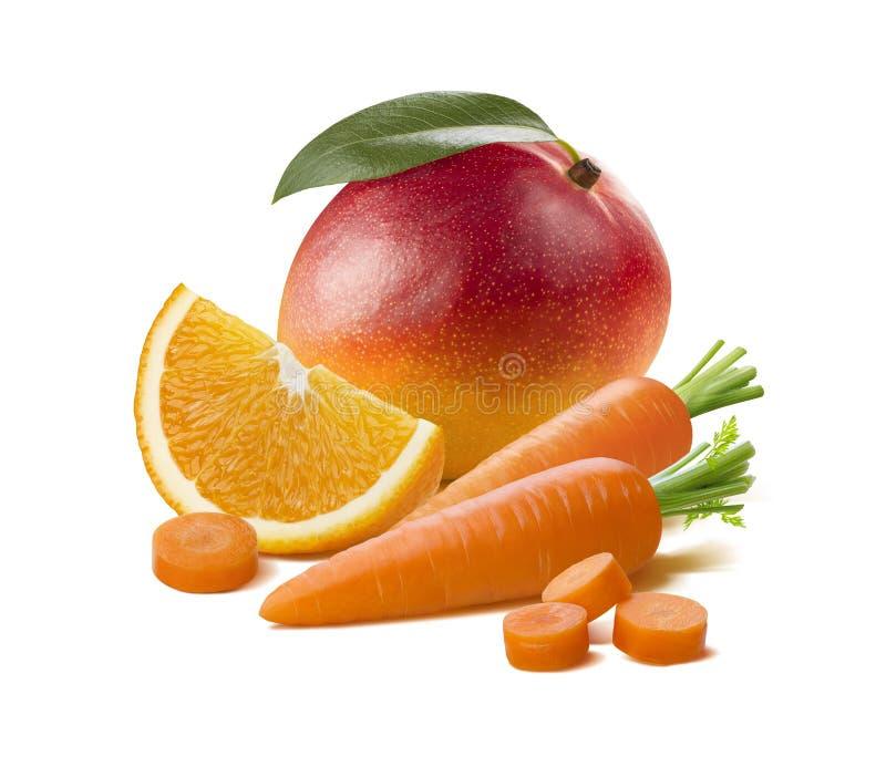 Orange morot för mango som isoleras på vit bakgrund royaltyfri bild