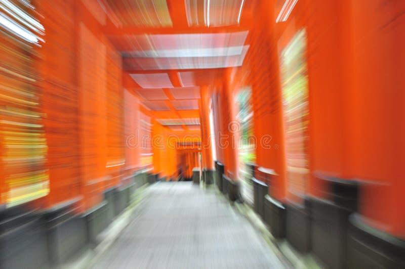 orange s torii för rörelse arkivbild