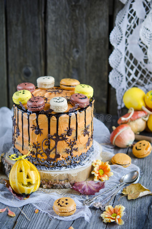 Orange Schokoladenkuchen lizenzfreie stockfotografie