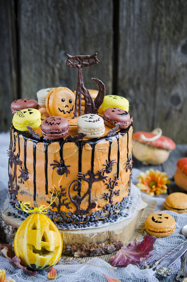 Orange Schokoladenkuchen stockfotografie