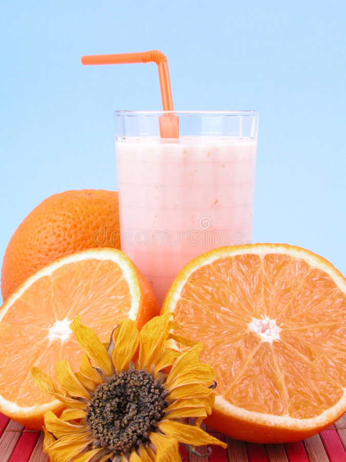Orange Smoothie lizenzfreie stockfotos