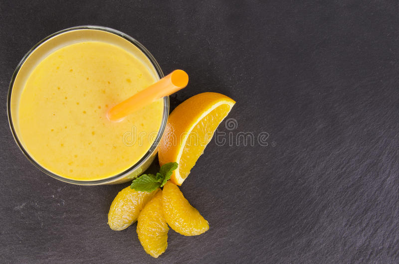 Orange smoothie royaltyfri foto