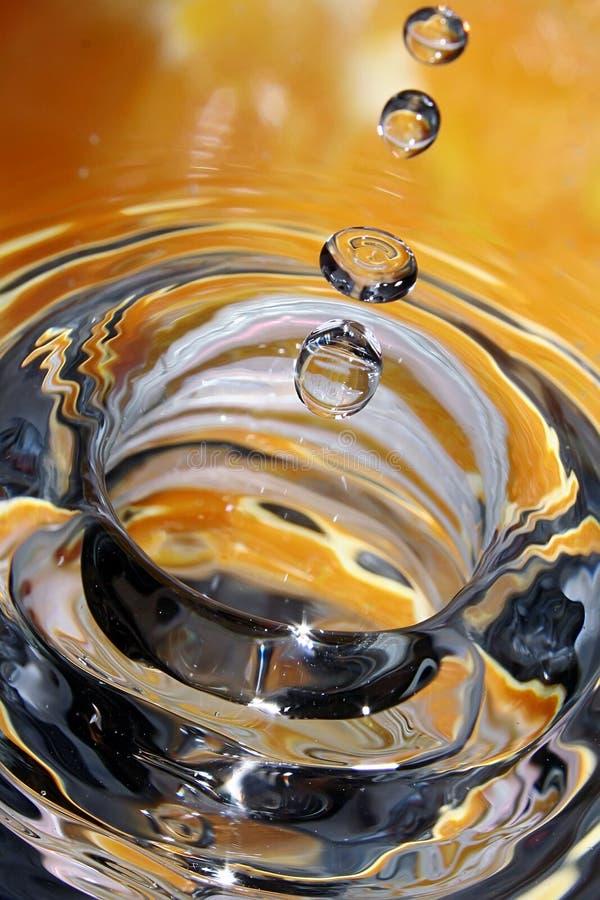 Orange Tropfen. stockbilder