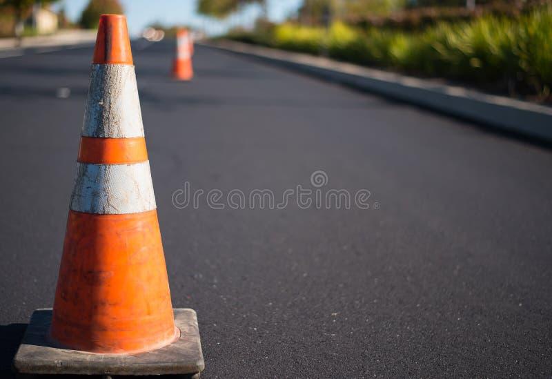 Orange Verkehrskegel stockfoto