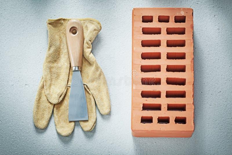 Orange Ziegelsteine überziehen Schutzhandschuhepalettenmesser auf konkretem Ba mit Leder vektor abbildung