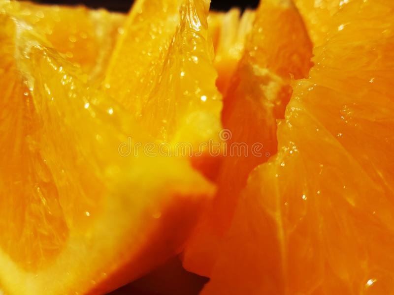 Orangen auf einer Platte stockfotos