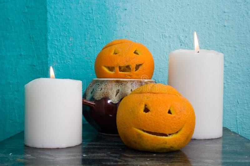 Download Oranges Avec Les Visages Découpés Photo stock - Image du moisson, fruit: 77155752