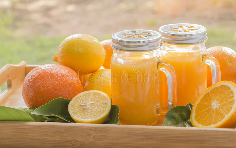 Oranges, citrons, jus images stock