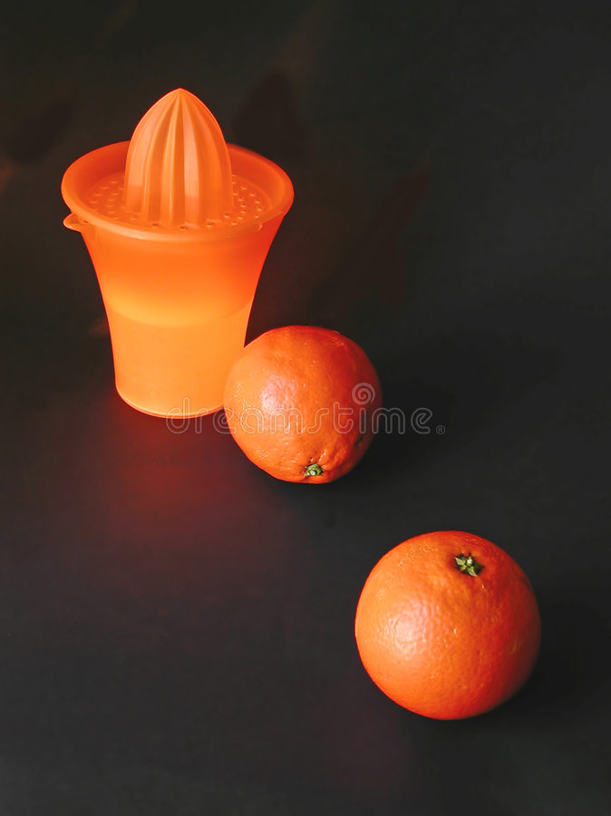 Download Oranges And Juicer Royalty Free Stock Images - Image: 11299