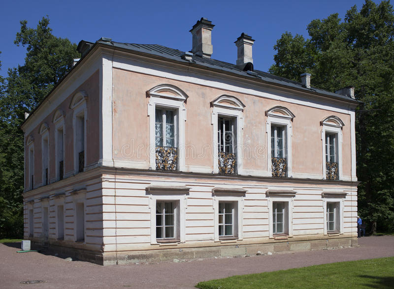 Oranienbaum (罗蒙诺索夫) 上部公园 皇帝Pyotr的宫殿III 库存照片