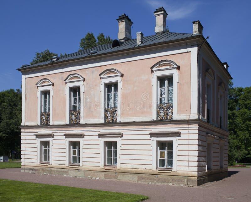 Oranienbaum (罗蒙诺索夫) 上部公园 皇帝Pyotr的宫殿III 库存图片