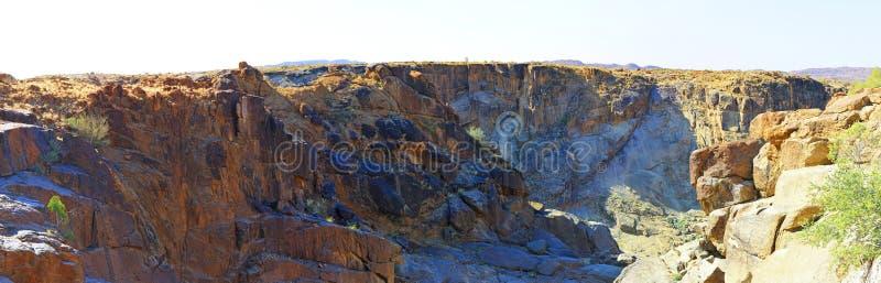 Oranje河风景和石头沙漠 库存图片