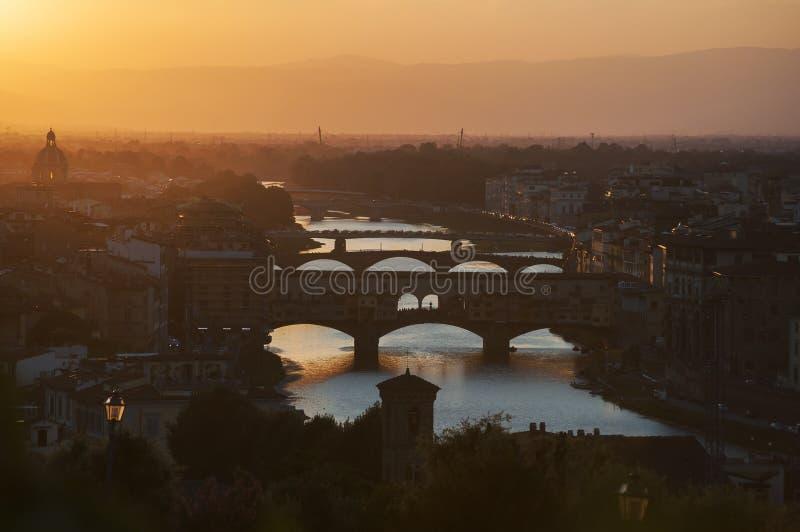 Oranje de zomerzonsondergang in Florence Italy stock afbeeldingen