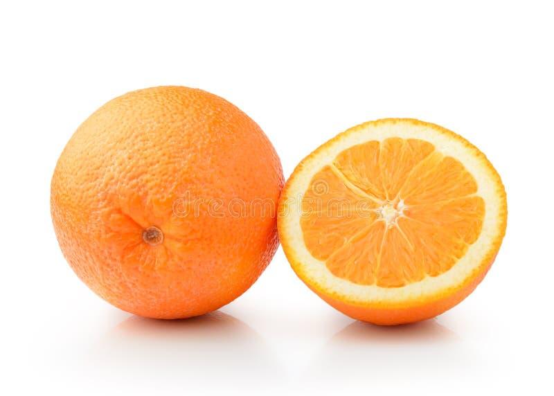 Oranje fruit dat op witte achtergrond wordt geïsoleerdi royalty-vrije stock fotografie