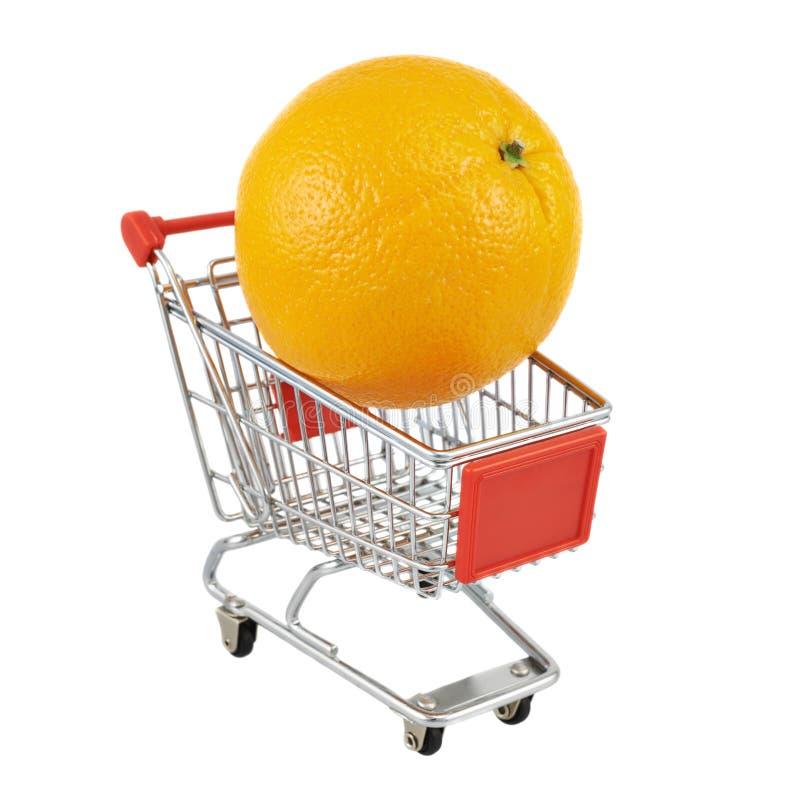 Oranje fruit in een verschepende kar stock fotografie
