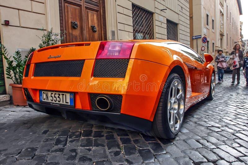 Oranje Lamborghini royalty-vrije stock afbeelding