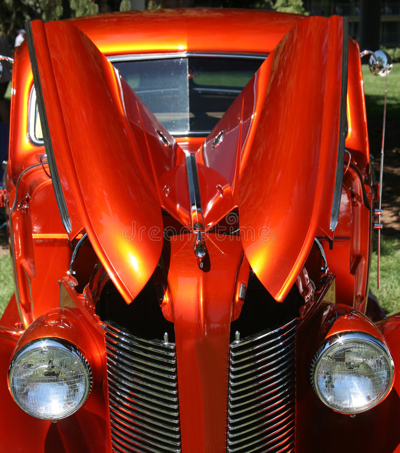 Oranje Metaal Uitstekende Sedan royalty-vrije stock fotografie