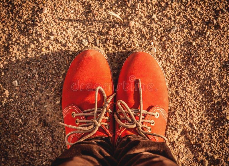 Oranje schoenen royalty-vrije stock afbeelding