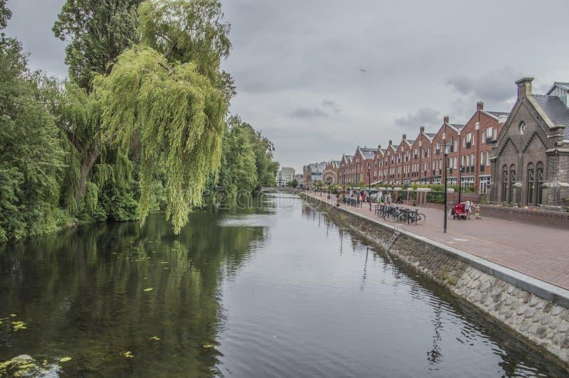 Oranje Vrijstaatkade em Amsterdão o 2018 holandês fotografia de stock