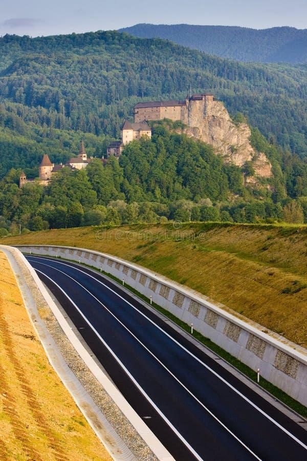 Oravsky slott, Slovakien arkivfoto