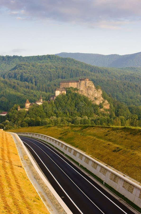 Oravsky slott, Slovakien royaltyfria bilder